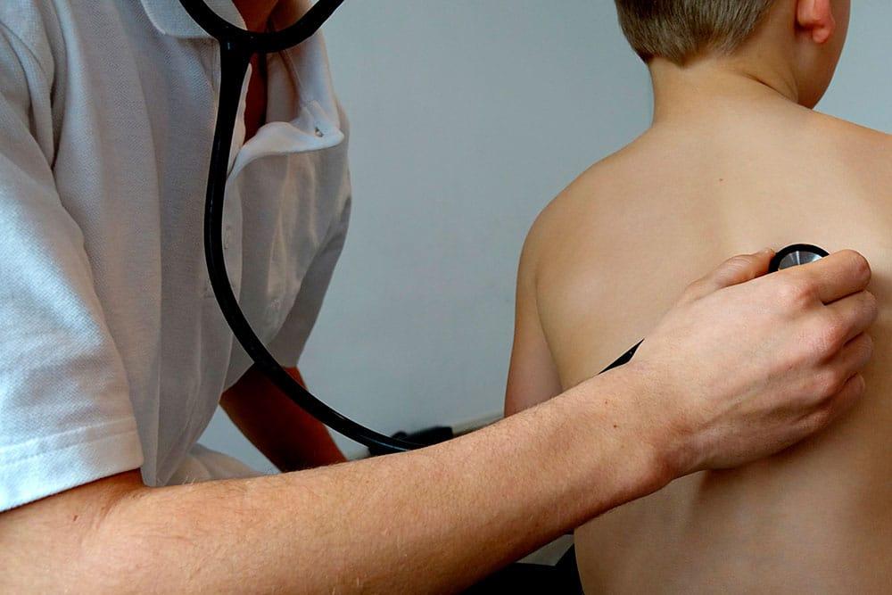 Tosse seca: o que esse sintoma pode indicar | PneumoCenter