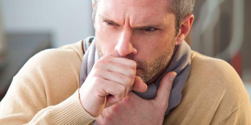 Tosse produtiva: conheça as características desse sintoma | PneumoCenter